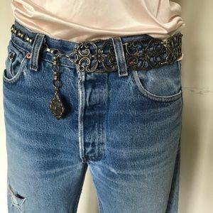Vintage filigree metal adjustable belt